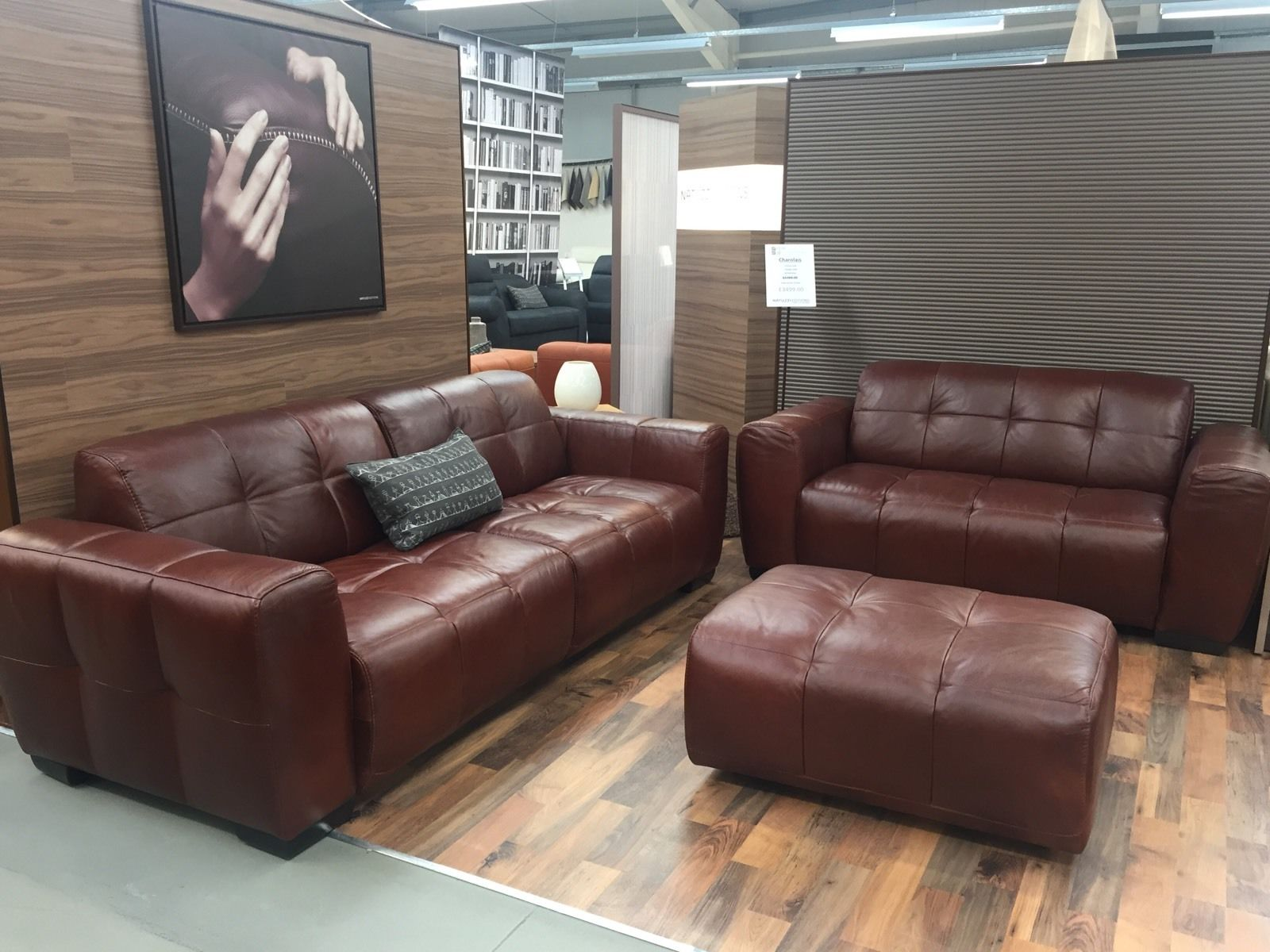 natuzzi editions b952 charolais 3 2 stool seater furnimax brands outlet. Black Bedroom Furniture Sets. Home Design Ideas