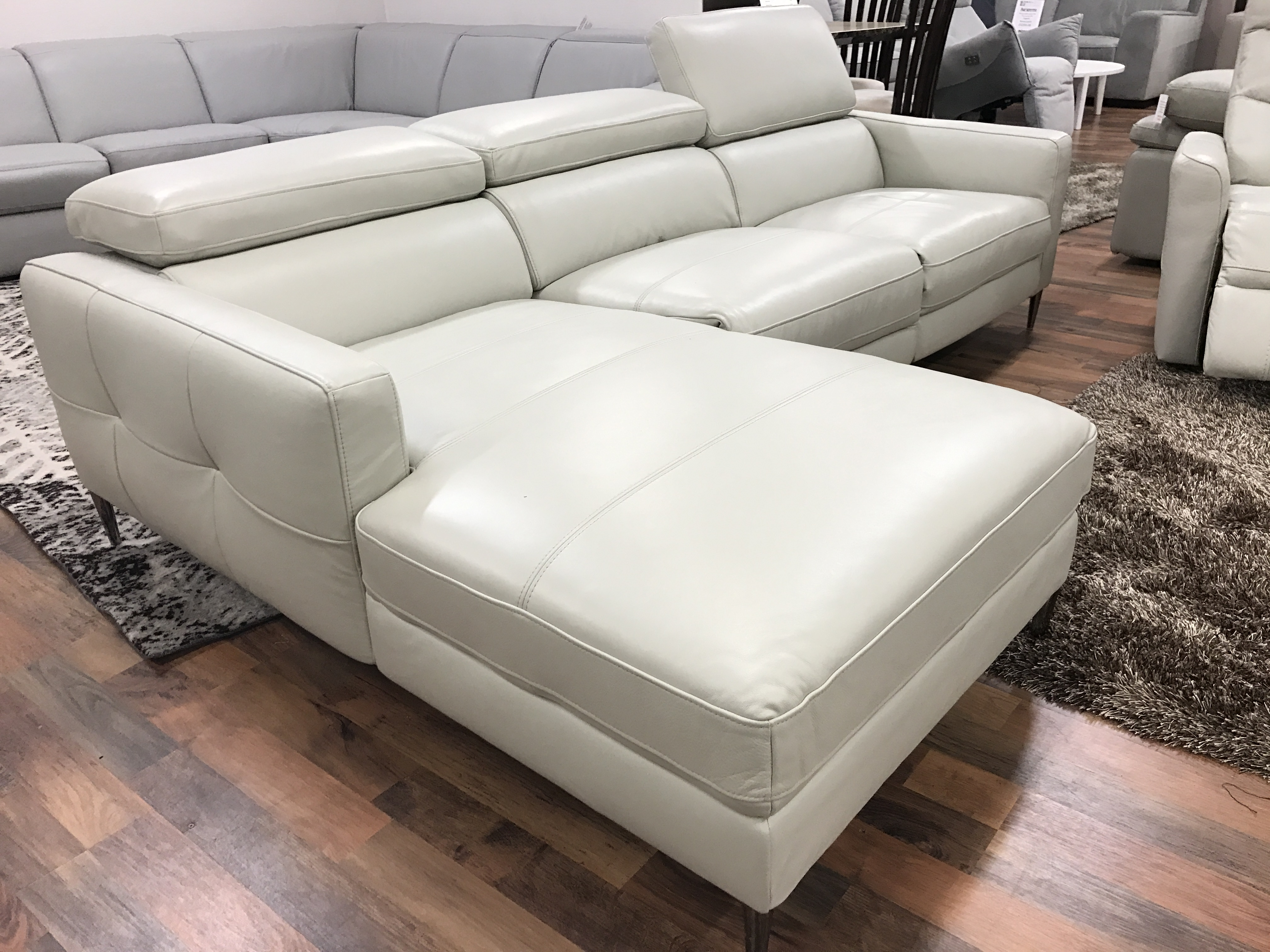 Mizzoni Italia Cyber High Quality Power Reclining Leather
