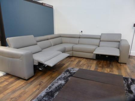 NATUZZI EDITIONS URBAN LEATHER ARM TO ARM LARGE POWER CORNER SOFA