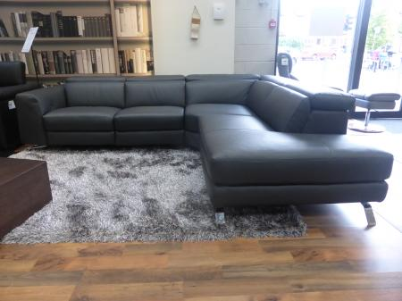 Natuzzi Editions Luca Power Reclining Chaise Corner Sofa