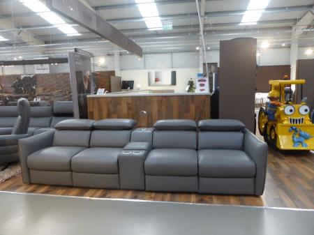 BRAND NEW NATUZZI CINEMA SOFA NEW & TRENDY MODEL ITALIAN LEATHER