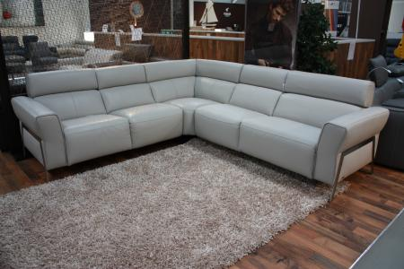 NATUZZI GASPARE POWER RECLINING CORNER SOFA LATEST MODEL