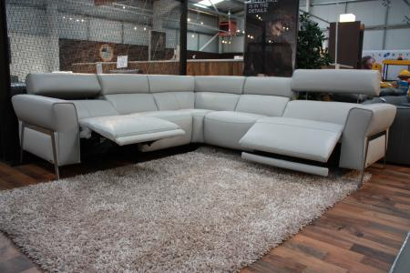 NATUZZI SYRACUSE POWER RECLINING CORNER SOFA LATEST MODEL