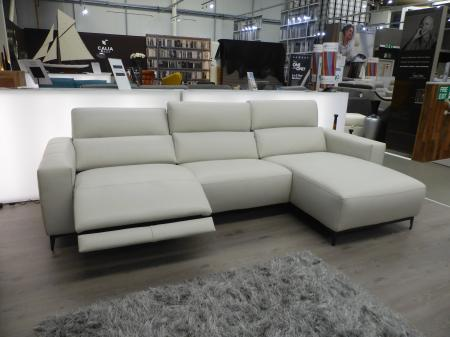 Francoferri Italia Fortana leather power reclining chaise sofa & chair