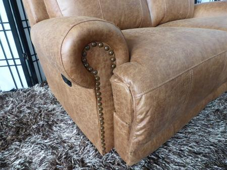 Beautiful traditional style pocket sprung 3 & 2 seater recliners