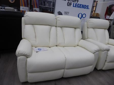 La-z-boy Georgia power reclining 2 seater and chair in Ivory leather