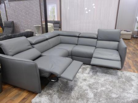 Natuzzi Paradiso power reclining leather corner sofa