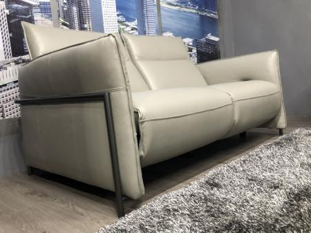 Favara soft Italian Leather 3 & 2 Power recliners made by Volante