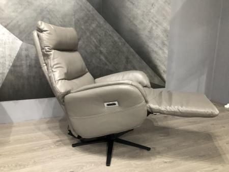 Volante Triplo Leather Swivel & power reclining chair