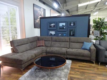 Natuzzi Giorgio power reclining corner sofa in lovely fabric