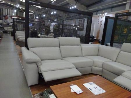 Natuzzi Simbiosi (Sensor) Power reclining arm to arm corner sofa