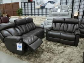 La-z-boy brown Leather Georgia 3 & 2 manual recliners