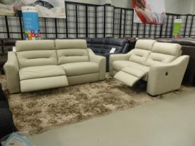 La-Z-Boy Tara Leather 3 & 2 Seater Power recliners