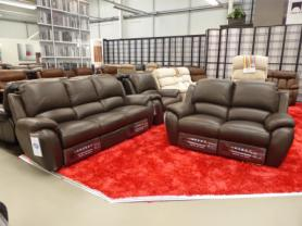 La-Z-Boy Atlanta Leather 3 , 2 & chair all power Recliner sofas
