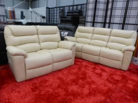 La-Z-Boy Full Top Grain Leather Power 3 & 2 seater