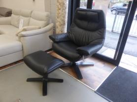 NATUZZI ITALIA RE-VIVE SWIVEL 602K KING CHAIR AND STOOL