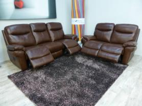 La-z-boy Austin Top grain Leather cat D 3 & 2 Power recliners