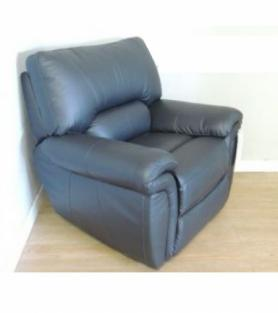 La-Z-Boy Memphis Manual Recliner Black Leather
