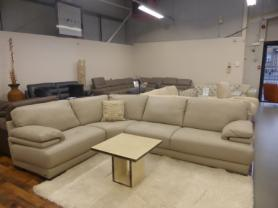 NATUZZI EDITIONS BARTOLO Corner Suite In High Quality Thick Leather