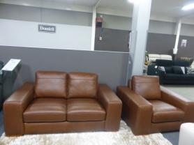 Mizzoni italia beautiful Leather 2 Seater and Chair
