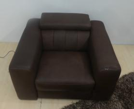 NATUZZI EDITIONS CLUB LEATHER POWER RECLINER CHAIR
