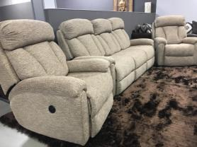 3 SEATER GEORGIA MANUAL RECLINING SOFA AND 2 ELECTRIC RECLINING CHAIRS