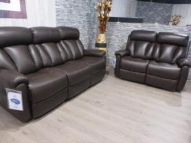 La-z-boy Leather Georgia 3 & 2 seater power recliners