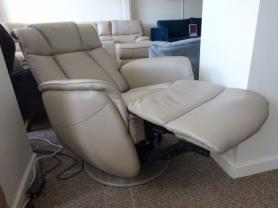 STRESS FREE ELECTRIC RECLINING SWIVEL ROCKING CHAIR
