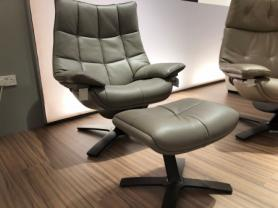 NATUZZI ITALIA QUILTED KING REVIVE 600K RECLINER CHAIR
