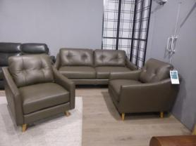 Mizzoni Italia Turin Modern Leather 3 seater and 2 Chairs