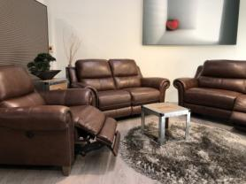 Mizzoni Italia thick leather Benevento 3,2 & chair power recliners