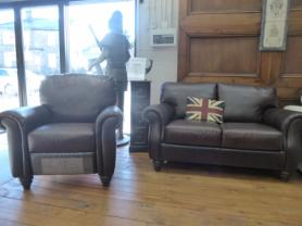 Natuzzi full Aniline Brown Leather 3 Seater & recliner chair
