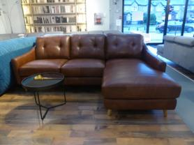 Mizzoni Italia Piacere thick leather chaise sofa