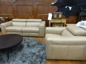 Natuzzi Forza leather power reclining 3 seater & chair