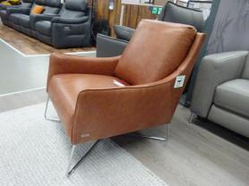 Natuzzi Calabria/Regina lovely chair in tan leather